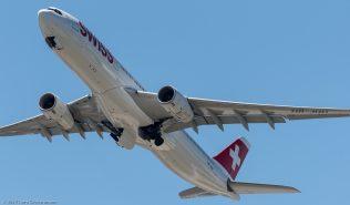 Swiss_A343_HB-JHH_ZRH170618