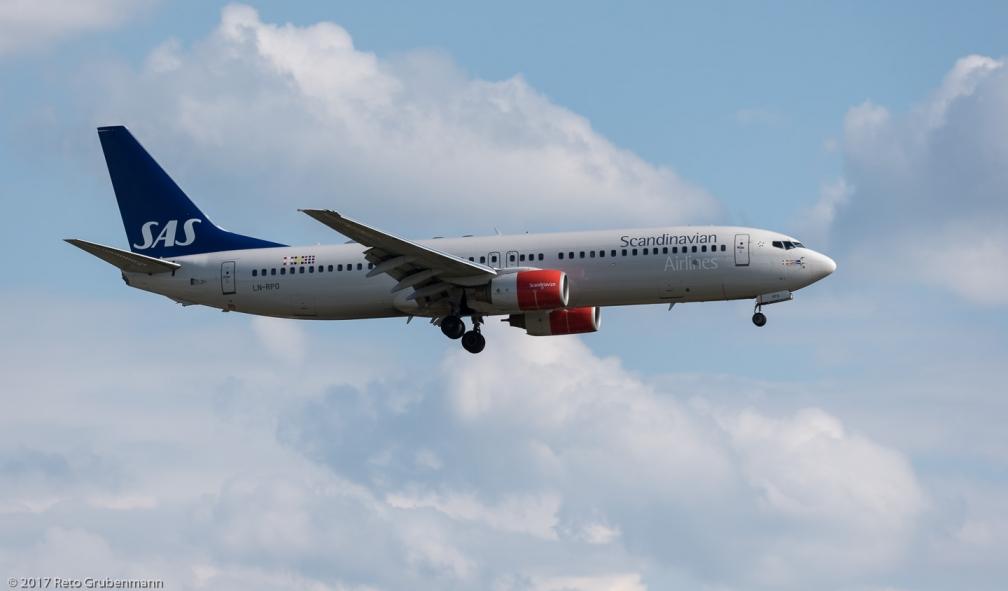ScandinavianAirlines_B738_LN-RPO_ZRH170625