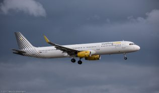 vueling_A321_EC-MHA_ZRH170701