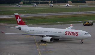 Swiss_A333_HB-JHL_ZRH170703