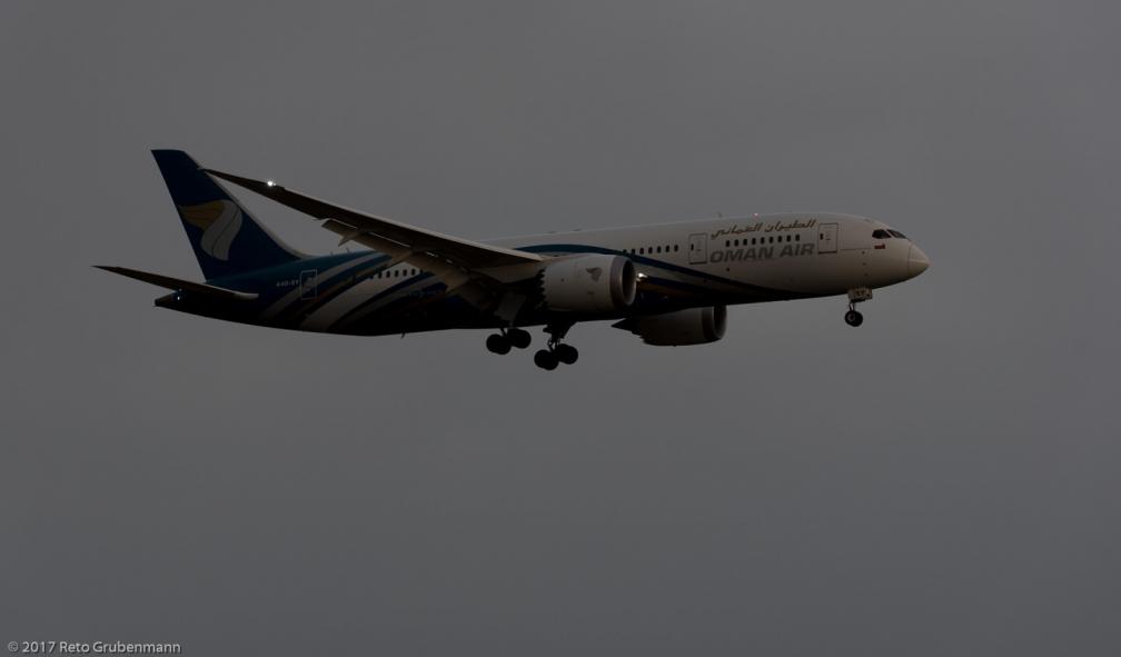 OmanAir_B788_A4O-SY_ZRH170708