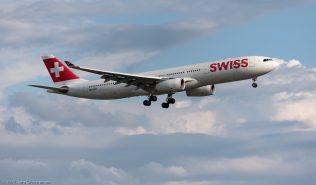 Swiss_A333_HB-JHD_ZRH170714