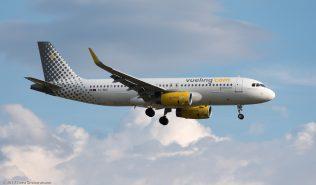 vueling_A320_EC-MKO_ZRH170714