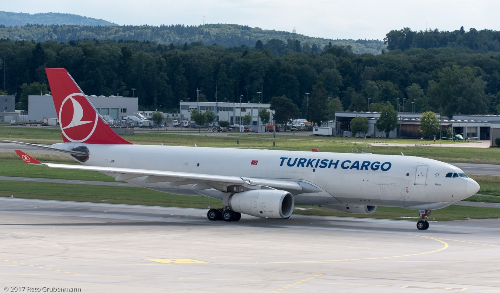 TurkishCargo_A332_TC-JDP_ZRH170715_02