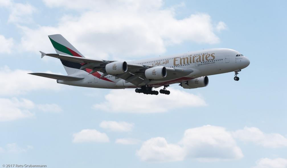 Emirates_A388_A6-EUA_ZRH170805