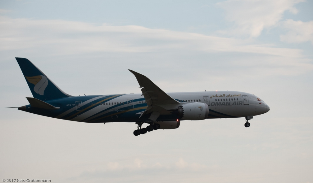 OmanAir_B788_A4O-SA_ZRH170815