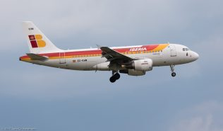 Iberia_A319_EC-KHM_ZRH170818