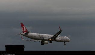 TurkishAirlines_A321_TC-JTH_ZRH170818