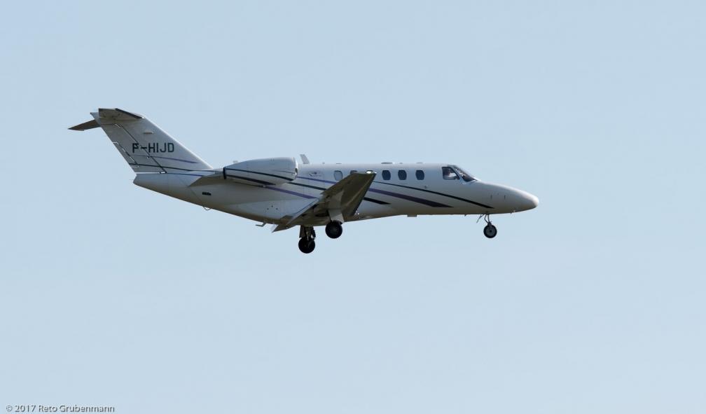 iXAir_C25A_F-HIJD_ZRH170820