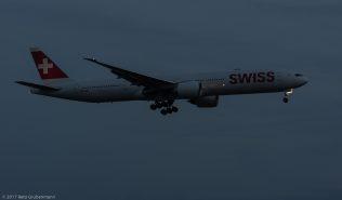 Swiss_B77W_HB-JND_ZRH170826