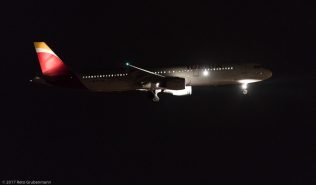 Iberia_A321_EC-JZM_ZRH170827