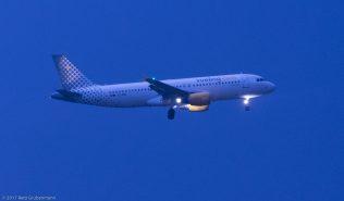vueling_A320_EC-MBD_ZRH170830