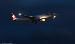 Swiss_A333_HB-JHD_ZRH170906