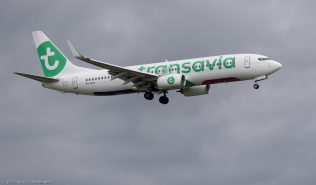 Transavia_B738_PH-HXA_ZRH170911
