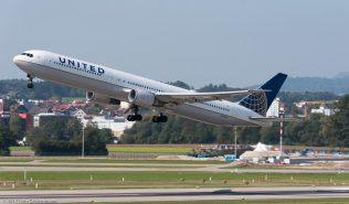 UnitedAirlines_B764_N77066_ZRH170923