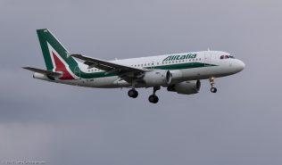 Alitalia_A319_EI-IMM_ZRH171006