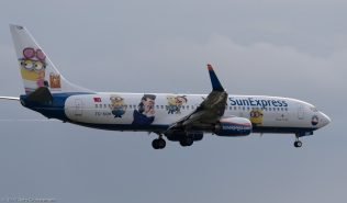 SunExpress_B738_TC-SOH_ZRH171006_02
