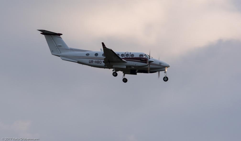 Aerostar_B300_UR-HBD_ZRH171006