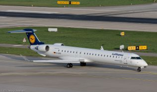 Lufthansa_CRJ9_D-ACKE_ZRH171025