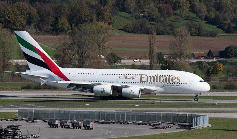 Emirates_A388_A6-EOI_ZRH171025_01