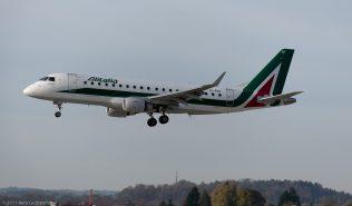 Alitalia_E170_EI-RDF_ZRH171026
