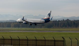 SunExpress_B738_TC-SNR_ZRH171026