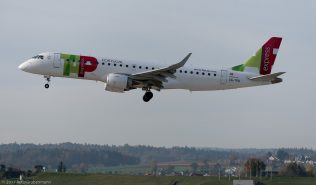 TAPExpress_E190_CS-TPQ_ZRH171026