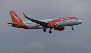 easyJet_A320_G-EZPF_ZRH171027
