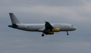 vueling_A320_EC-LQZ_ZRH171027