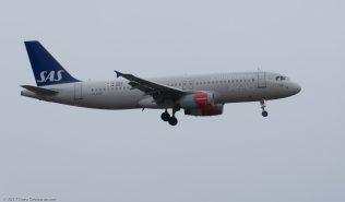 ScandinavianAirlines_A320_OY-KAR_ZRH171029