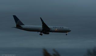 UnitedAirlines_B763_N671UA_ZRH171029