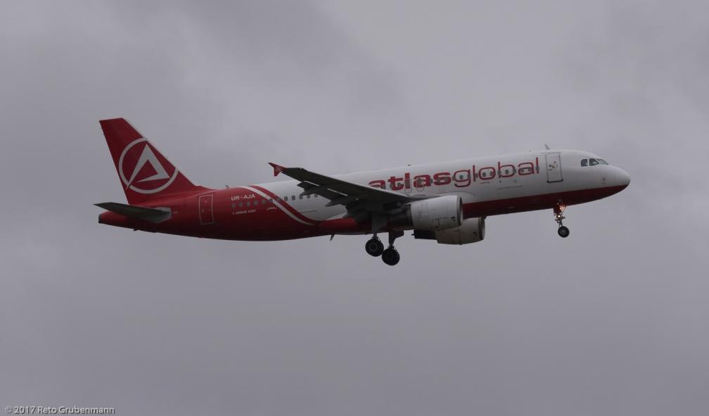 AtlasglobalUkraine_A320_UR-AJA_ZRH171105