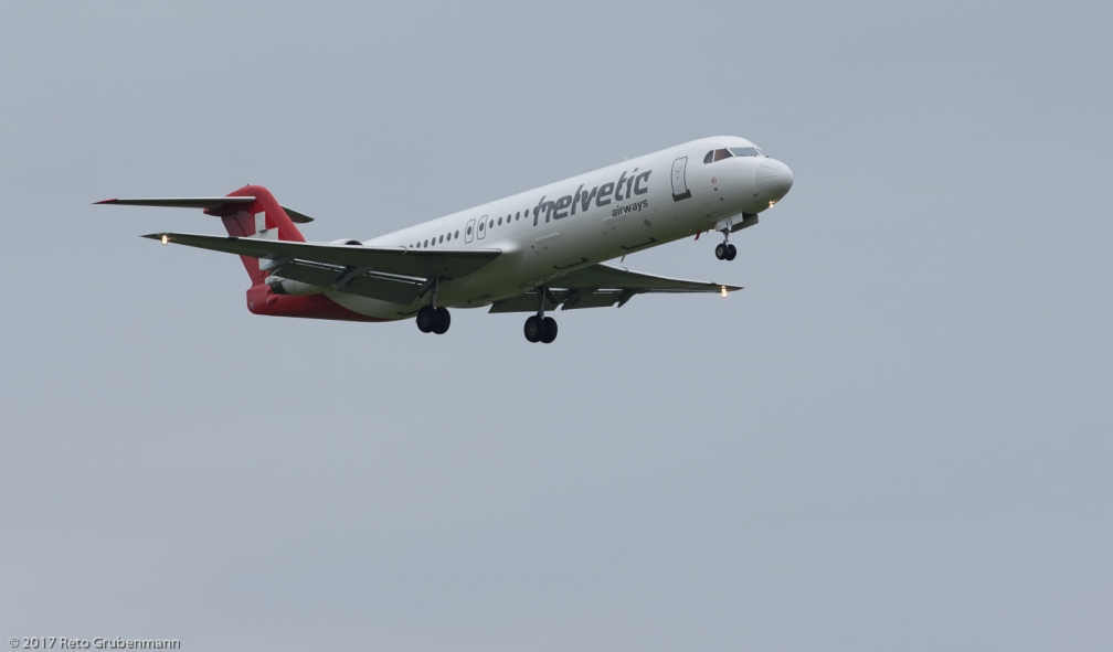 HelveticAirways_F100_HB-JVG_ZRH171120