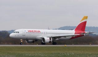 Iberia_A320_EC-KOH_ZRH171202