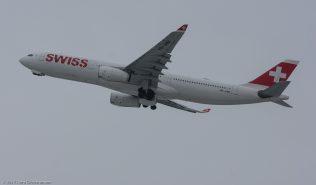 Swiss_A333_HB-JHM_ZRH171204