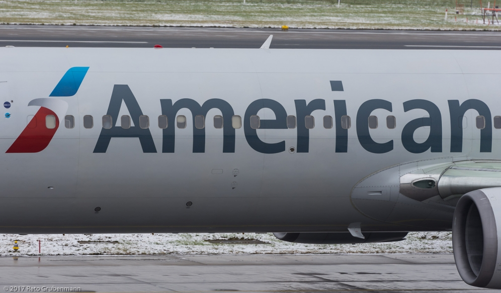 AmericanAirlines_B763_N349AN_ZRH171204_02