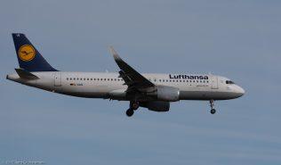 Lufthansa_A320_D-AIUQ_ZRH171213