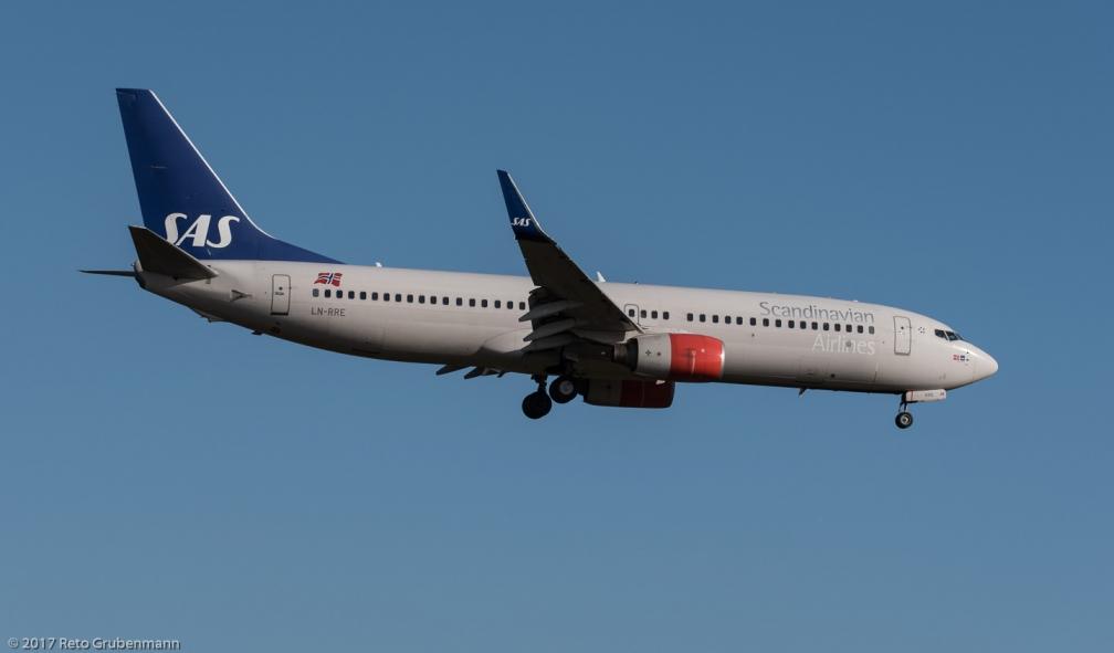 ScandinavianAirlines_B738_LN-RRE_ZRH171213