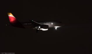 Iberia_A319_EC-KHM_ZRH171215