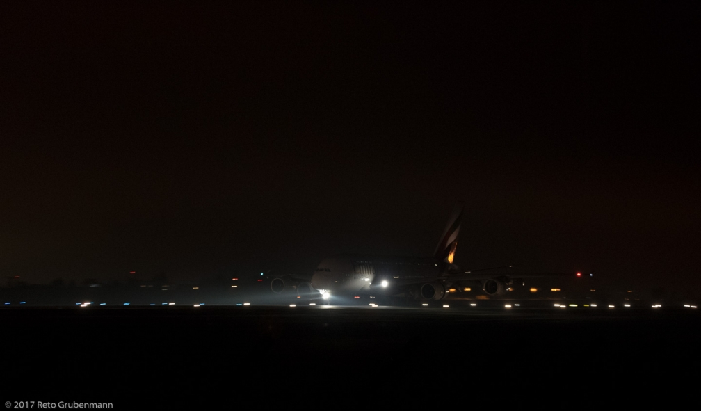 Emirates_A388_A6-EUG_ZRH171220_01