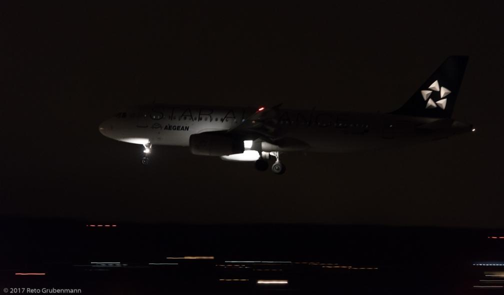 AegeanAirlines_A320_SX-DVQ_ZRH171229