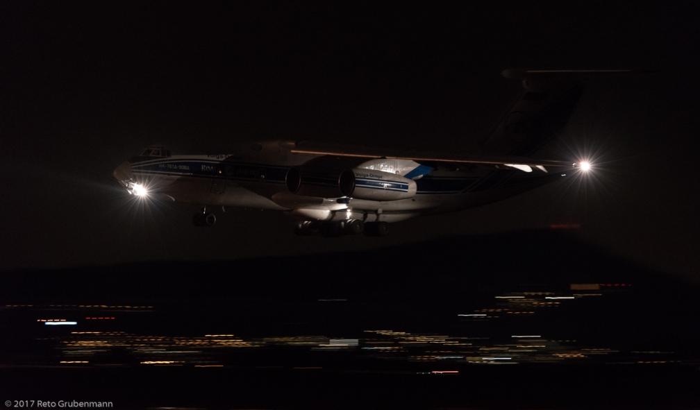 Volga-DneprAirlines_IL76_RA-76950_ZRH171229_01
