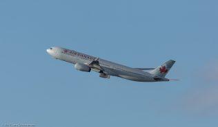 AirCanada_A333_C-GHKR_ZRH171231