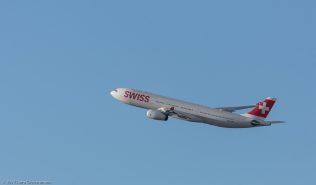 Swiss_A333_HB-JHN_ZRH171231