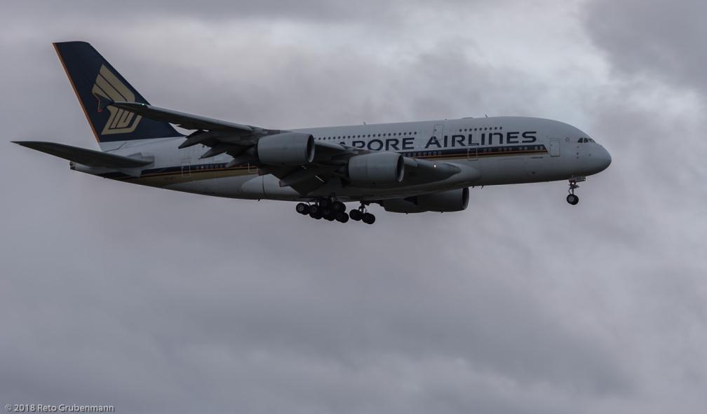 SingaporeAirlines_A388_9V-SKT_ZRH180101_01
