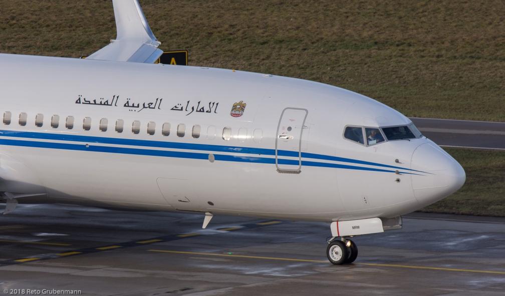 DubaiAirWing_B738_A6-MRM_ZRH180102_02