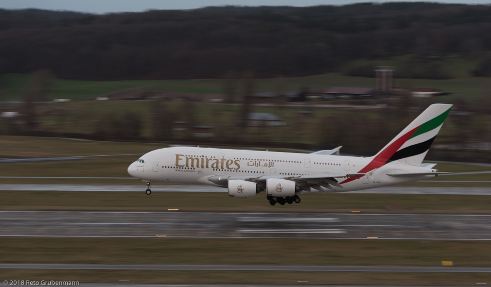 Emirates_A388_A6-EOB_ZRH180103