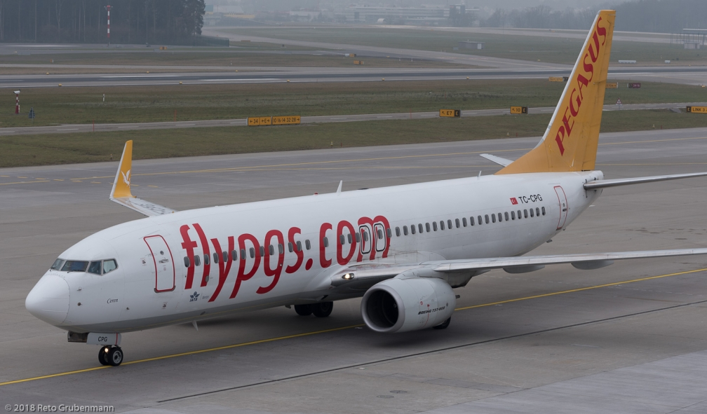 PegasusAirlines_B738_TC-CPG_ZRH180114