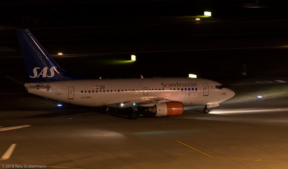 ScandinavianAirlines_B736_LN-RRO_ZRH180115
