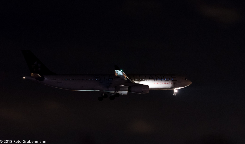 AirCanada_A333_C-GHLM_ZRH180116